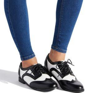 ALENA OXFORD FLAT by Shoedazzle ladies Size 10 NIB